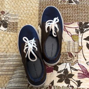 ❤️2 for 15. Kids shoes
